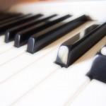 大人の趣味の電子ピアノのおすすめの始め方をまとめました